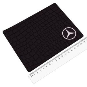Коврик противоскользящий с эмблемой Mercedes
